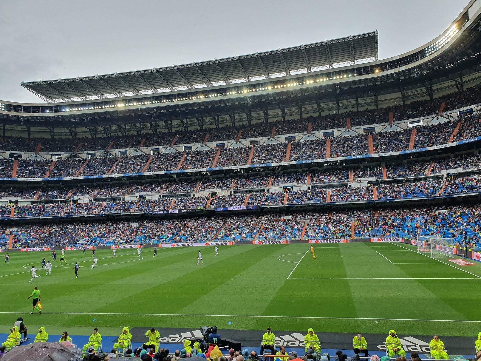 fotbalovy-stadion