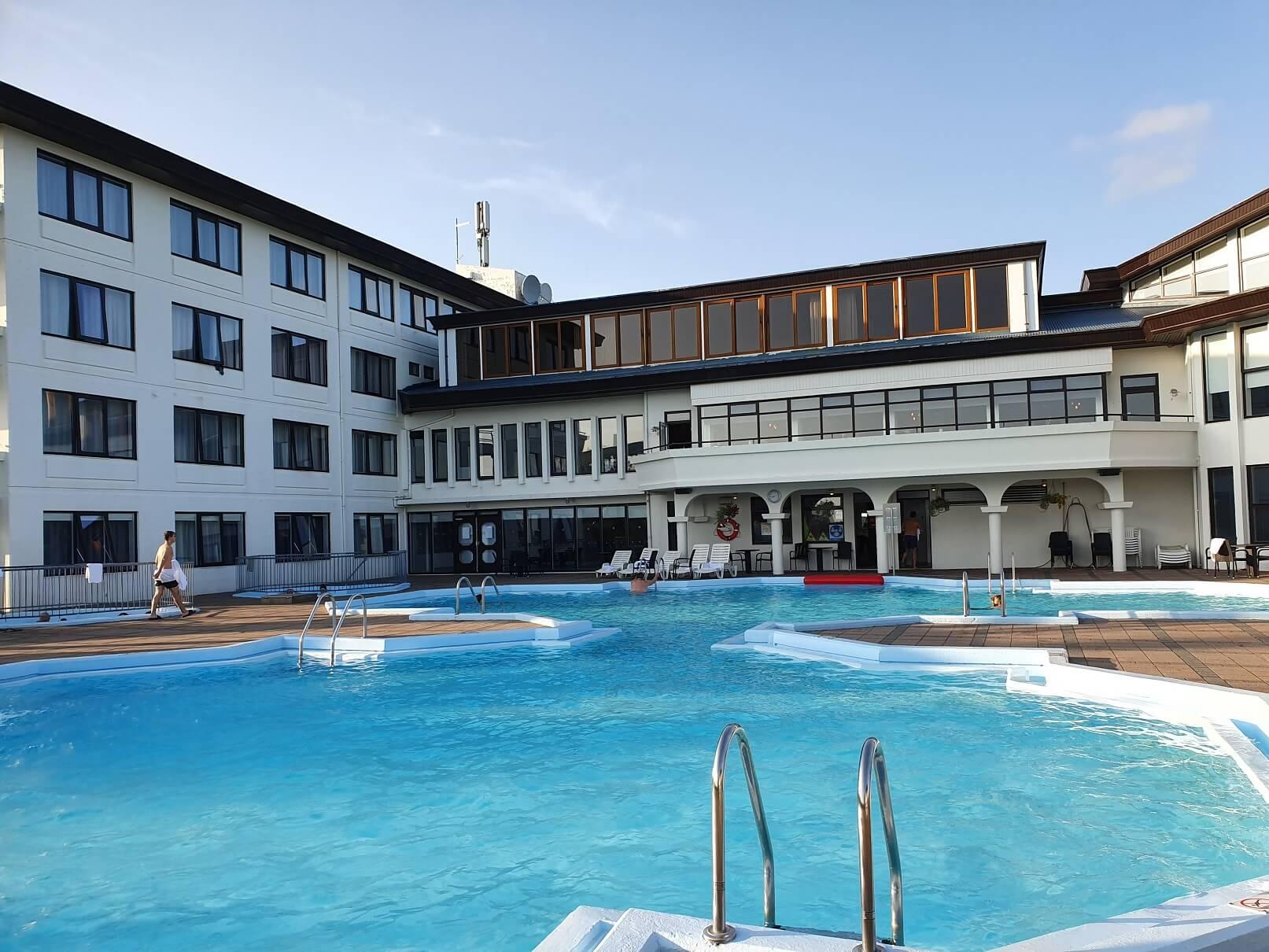 hotel-termalni-bazen-island